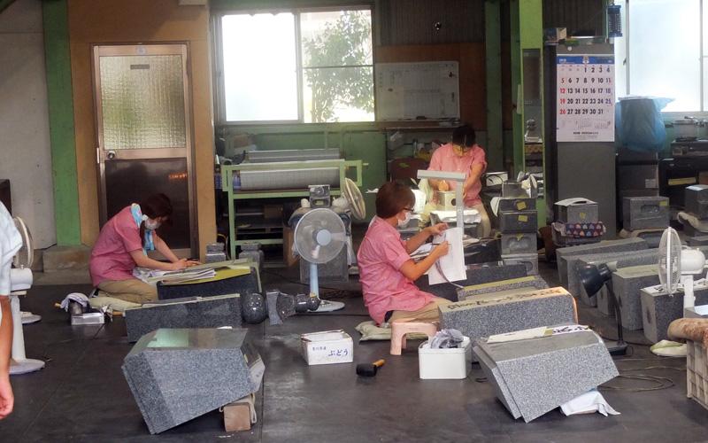 庵治石に携わる女性たち