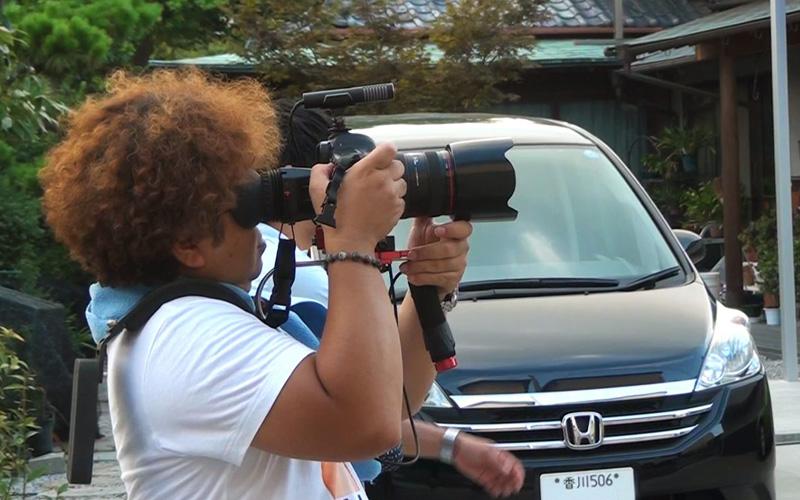 やっぱりカメラを持った藤里さんはかっこいい